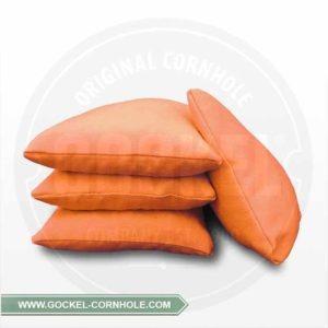 Set von 4 orangefarbenem Cornhole-Säckchen, mit Mais gefüllt!