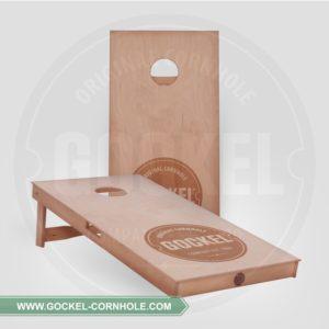 2 Corhole boards, geölt und mit einem gebrannten Gockel Logo!