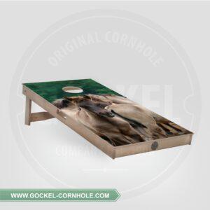 Cornhole Board mit Fohlen print.